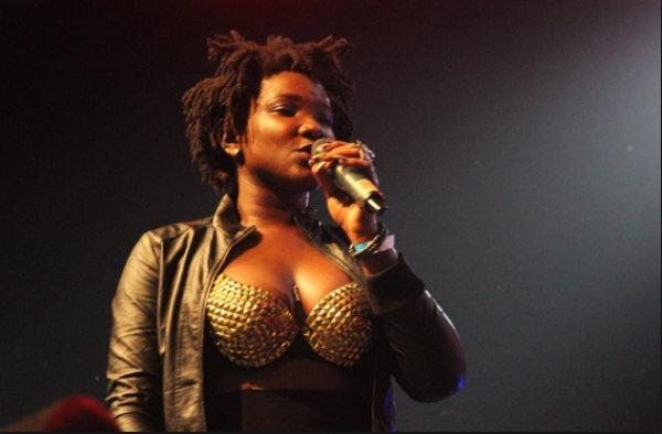 Ebony to be buried March 17, thousands turn up for one week observation