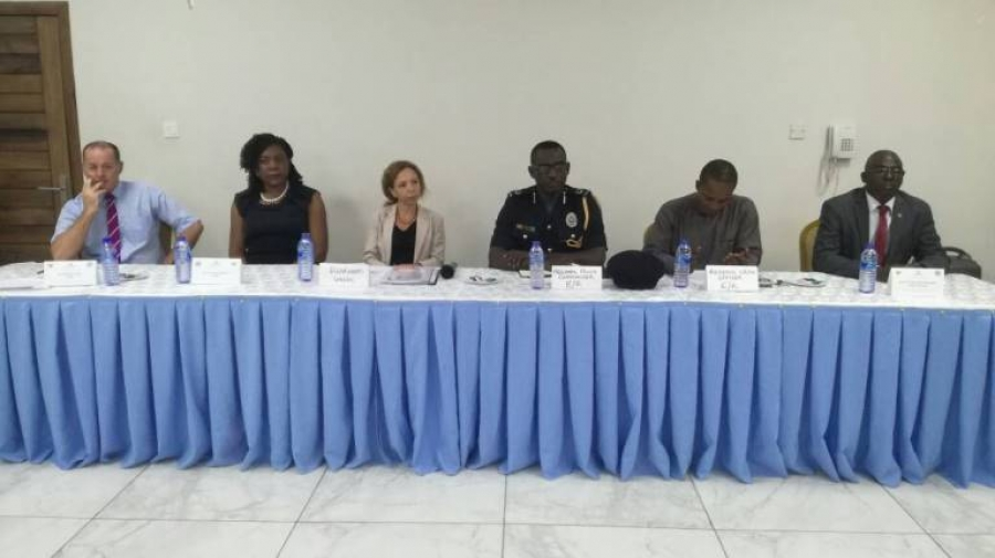 E/R security agencies trained in fighting drug trafficking
