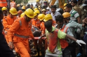 India building collapse death toll rises to 17