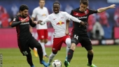 Naby Keita: Liverpool agree club-record deal for Leipzig midfielder for July 2018