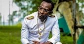 Okyeame Kwame's new look: from half-bow to 'sakora'