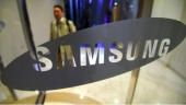 Samsung Electronics tips record first-quarter profit as chip boom winds down